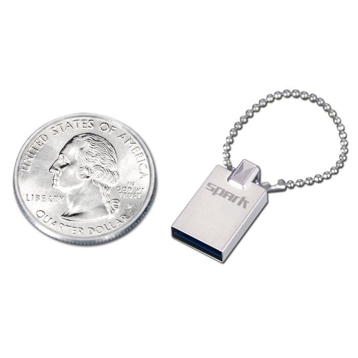 Miniatúrny USB kľuč Patriot Spark, 32 GB, USB 3.0, rýchlosť čitania : 110MB/s